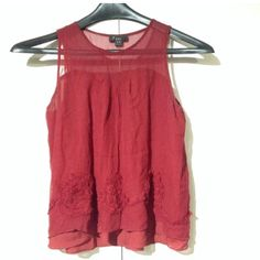 Forever 21 burgundy wine color blouse/size Medium Forever 21 beautiful burgundy wine color blouse shirt / size M  Gently used , no holes , no stains fantastic and impeccable condition  perfect for this Christmas ❌NO TRADES❌ Thanks for Looking  This item is from a smoke-free, pet free house. Forever 21 Tops Blouses