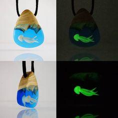 Glow in the dark  Jellyfish Karanlıkta parlar  Denizanası Info / Sipariş - Bilgi  DM #handmade #oneofakind #unique #pendant #design #woodworking #woodjewelry #resin #resinart #polymerclayart #glowinthedark #jellyfish #bohochic #bohemianstyle #bohostyle #nature #naturelover #ocean #oceanlover #tasarımtakı #tasarim #ankara #kolye