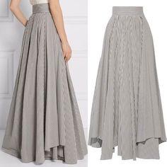 Yaz Trendi: Çizgili Etekler – NEBİHAN AKÇA Robes from women's favorite bits of garments can be the important thing … Modest Fashion, Hijab Fashion, Fashion Dresses, Fashion Tips, Classy Fashion, The Dress, Dress Skirt, Skirt Outfits, Cute Outfits