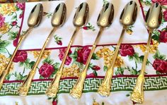 Set of 6 Royal Albert Old Country Roses Ice by TheDrippingTap Gold Flatware, China Patterns, Royal Doulton, Family Traditions, Royal Albert, Fine China, Country Rose, Ice, Tea Sets