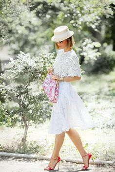 It's only style that matters White Summer Outfits, Summer Dresses, Simple Dresses, Pretty Dresses, Crochet Dress Outfits, Chic Dress, Spring Summer Fashion, Ideias Fashion, Fashion Outfits