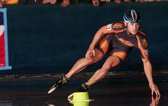 Joey Mantia ~ Inline Speed World Champion Inline Speed Skates, Senior Guys, Cycling Jerseys, Olympians, My Passion, Pop Culture, Champion, Wonder Woman, Running