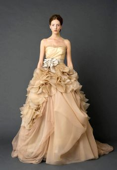 AMORE (Beauty + Fashion): WEDDING BELL Wednesday - V E R A W A N G