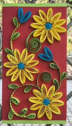 Paper Quilling Cards, Arte Quilling, Paper Quilling Flowers, Paper Quilling Patterns, Origami And Quilling, Paper Flowers Craft, Quilling Craft, Flower Crafts, Toilet Paper Roll Art