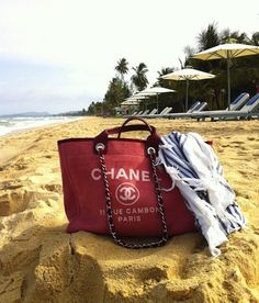 chanel at the beach :)))