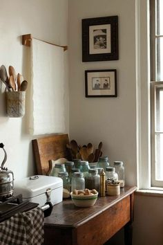 Always homey and beautiful: the country house look in the kitchen - Küche - Home Sweet Home Kitchen Interior, Kitchen Design, Kitchen Ideas, Kitchen Colors, Kitchen Icon, Kitchen Corner, Kitchen Workshop, Kitchen Things, Kitchen Styling