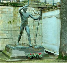Paris Montmartre cemetery Otto Klaus Preis ( Paul Landowski sculptor )