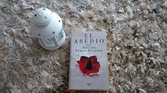 """Libro """"El Asedio"""" de Arturo Pérez Reverte"""