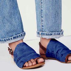 bd661072a28 Plus Size Leisure Buckle Casual Flat Roman Sandals