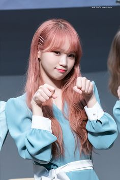 [Fansign 190406 ©at this moment] Kpop Girl Groups, Kpop Girls, Yuri, Secret Song, Honda, Japanese Girl Group, First Baby, Female Singers, The Wiz