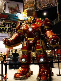 Hot Toys touts Hulkbuster figure with life-size statue