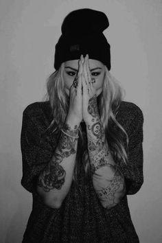 Trending Arm Tattoos Ideas For Women in 2020 Feminine Arm Tattoos, Girl Arm Tattoos, Tatoos, Shoulder Tattoos For Women, Arm Tattoos For Women, Adventure Tattoo, Latest Tattoos, Tattoo Models, Boudoir