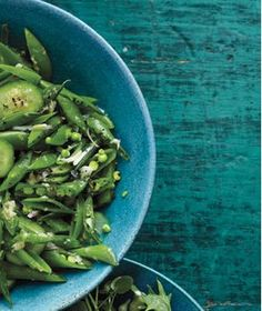 Snap Peas With Cucumber and Ginger
