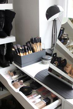 my walk-in closet <3  http://whoismocca.com/interior/homestory-mein-ankleideraum/  #closet #wardrobe #inspiration #ankleideraum #ikea #mirror #dressingroom #walkincloset #schminktisch #schminkaufbewahrung #pinsel #makeup #schminkspiegel #tischspiegel #chanel #dior #clinique