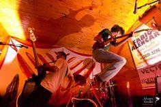 30 de Abril, 2011 - Brian Oblivion & seus Raios Catódicos e Nevilton @ Tribo's Bar | Flickr – Compartilhamento de fotos!