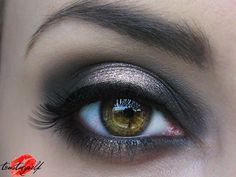 Glam smokey with Blackout, YDK and Chopper eye shadows from Urban Decay Naked 2 palette.