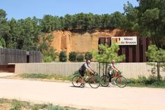 #Cycling in the #ochre land  ©Alain Hocquel-ADTVaucluse #Vaucluse #Provence #vélo