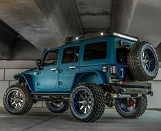 to the Blues we all yearn for - - Jeep Stuff - Super Car Pictures Blue Jeep Wrangler, Jeep Rubicon, Jeep Wrangler Unlimited, Jeep Baby, Badass Jeep, Jeep Truck, Jeep Jeep, Jeep Suvs, Custom Jeep