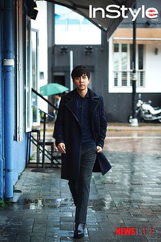 Lee Seung Gi gets ready for fall in Hong Kong with 'InStyle'