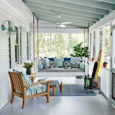 Dreamy porch!