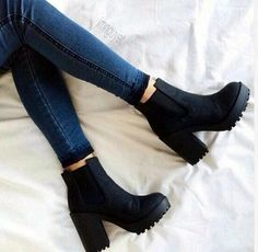 black heel ankle booties - Fashion Blog