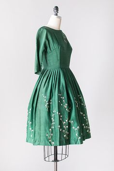 Vintage 1960s   Green Silk Dress