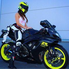 """2,431 Likes, 26 Comments - Biker Chicks of Insta (@bikerchicksofinsta) on Instagram: """"BossBikersLife.com ➡➡@tattoogyall ⬅⬅❤ Link in bio #bikeswithoutlimits #relationshipgoals…"""""""