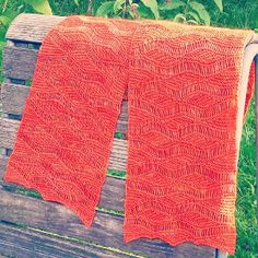 Wellengang Short Row Scarf only eight rows repeated to the desired length, simple knit scarf pattern is great for the advanced beginner knitter looking for a quick and easy challenge. # 5 Yn Wt: (1) Super Fine