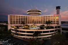 Tampa Airport Marriott (***)  JOY REMORINI has just reviewed the hotel Tampa…