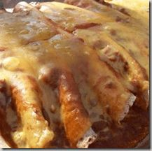 Pin It This one is family friendly and unique! PrintChili Dog Crock Pot CasserolePrep 10 minsCook 6 hoursTotal 6 hours, 10 minsAuthor AmandaYield 8 Ingredients2 (15 ounce) cans chili with beans1 (16 ounce) package beef hot dogs10 (8 inch) flour tortillas1 (8 ounce) package Cheddar cheese, shreddedInstructionsSpread 1 can of chili and beans in the...Read More