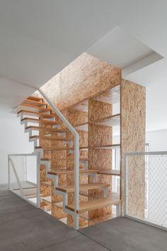 Gallery of DL House / URBAstudios - 14