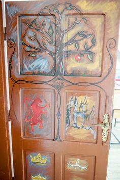întrecoperți Classroom Decor, Painting, Art, Art Background, Painting Art, Kunst, Paintings, Performing Arts, Painted Canvas