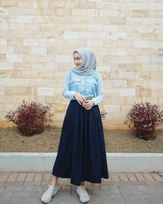 Hijab Fashion Summer, Street Hijab Fashion, Skirt Fashion, Fashion Outfits, Women's Fashion, Islamic Fashion, Muslim Fashion, Casual Hijab Outfit, Hijab Fashion Inspiration