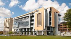 UWM's Kenwood Interdisciplinary Research Complex | ALPOLIC® Materials
