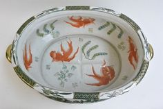 Porcelain Antique Chinese Foot Bath with Gold Fish Inside