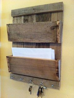 Most Beautiful Pallet Key Holder | Pallets Furniture Designs