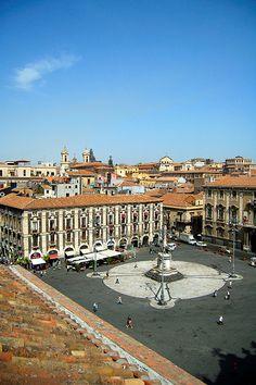 Piazza Duomo, Catania, Sicily, Italy