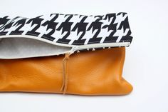 Houndstooth Clutch / Rouge & Whimsy