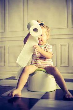 Se o seu filhote está contemplando o desfralde, esse post pode te dar algumas boas dicas. Descubra se a visão montessoriana sobre o desfralde é pra você.