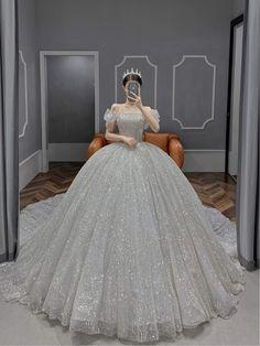 Princess Ball Gowns, Princess Wedding Dresses, Dream Wedding Dresses, Pretty Quinceanera Dresses, Pretty Prom Dresses, Ball Gown Dresses, Bridal Dresses, Dresses Dresses, Formal Dresses