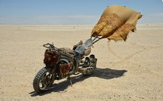 Moto-Mucci: DAILY INSPIRATION: The Custom Motorcycles of Mad Max: Fury Road