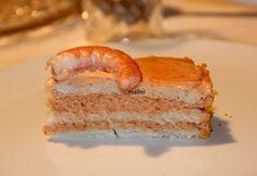 Shrimp cake - Pastel de langostinos  http://decoraciondemabel.blogspot.com.es/2013/01/torta-de-langostinos-como-la-del-corte.html