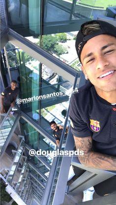 Brazil Football Team, Neymar Football, Football Is Life, Sport Football, Nike Soccer, Soccer Cleats, Barcelona Football, Fc Barcelona, Psg