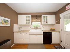 517 E Schantz Avenue, Oakwood, OH 45409 - MLS ID 720973