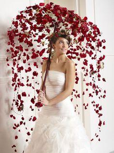 Umbrella or fan as a wedding bouquet?- Umbrella or fan as a wedding bouquet? Wedding Bouquets, Wedding Flowers, Wedding Dresses, Floral Wedding, Deco Floral, Floral Design, Floral Umbrellas, Rose Petals, Flower Designs