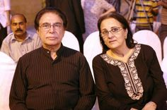 Talk about Dhoop Kinare and two names would flash in your mind; Sahira Kazmi and Rahat Kazmi.