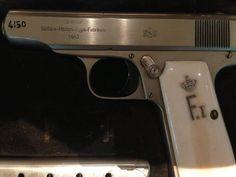 مسدس الملك فاروق