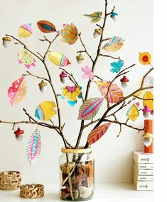 Herbstdeko with colorful leaves // Community project Herbst tinker with children . - Herbstdeko with colorful leaves // Community project Herbst tinker with children - Fall Crafts For Kids, New Crafts, Crafts For Teens, Diy For Kids, Kids Crafts, Decor Crafts, Wood Crafts, Trendy Tree, Painting For Kids
