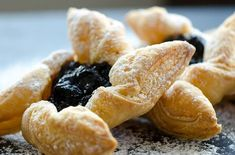A Pastry Chef is needed to join the current kitchen brigade within this wonderful property in Norfolk. The property is a renovated Inn, keeping to its original charm the property comprises of 10 + bedrooms, a bar and restaurant. All dishes are fresh Chef Jobs, Star Wars, Perfect Cup, Pastry Chef, Christmas Pictures, Pinwheels, Hot Dog Buns, Sweet Recipes, Oreo