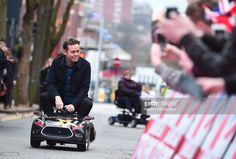stephen-mulhern-arrives-for-the-britains-got-talent-birmingham-on-2-picture-id633595296 (1024×694)